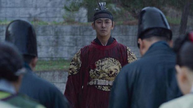 Ju Ji Hoon di drama Korea Kingdom