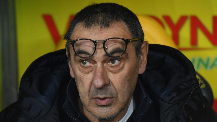 VERONA, ITALY - FEBRUARY 08:  Maurizio Sarri head coach of Juventus  looks on during the Serie A match between Hellas Verona and  Juventus at Stadio Marcantonio Bentegodi on February 8, 2020 in Verona, Italy.  (Photo by Alessandro Sabattini/Getty Images)