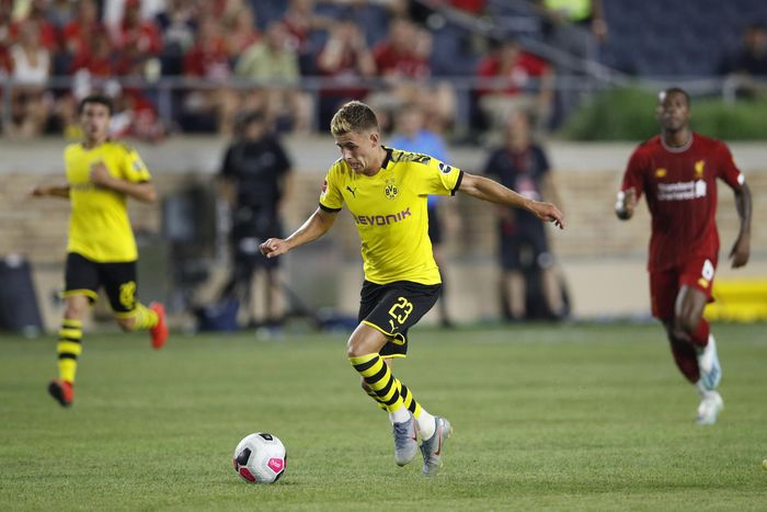 SOUTH BEND, IN - JULY 19: Thorgan Hazard #23 of Borussia Dortmund controls the ball against Liverpool FC in the second half of the pre-season friendly match at Notre Dame Stadium on July 19, 2019 in South Bend, Indiana. (Photo by Joe Robbins/Getty Images)