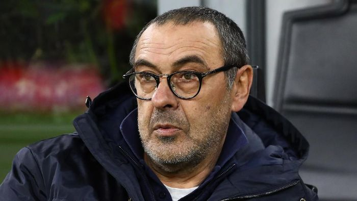 MILAN, ITALY - FEBRUARY 13:  Juventus FC coach Maurizio Sarri looks on before the Coppa Italia Semi Final match between AC Milan and Juventus at Stadio Giuseppe Meazza on February 13, 2020 in Milan, Italy.  (Photo by Marco Luzzani/Getty Images)