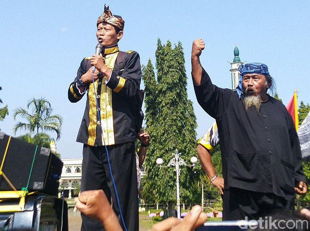 Warga Ciamis Tuntut Ridwan Saidi Minta Maaf Soal Galuh Brutal