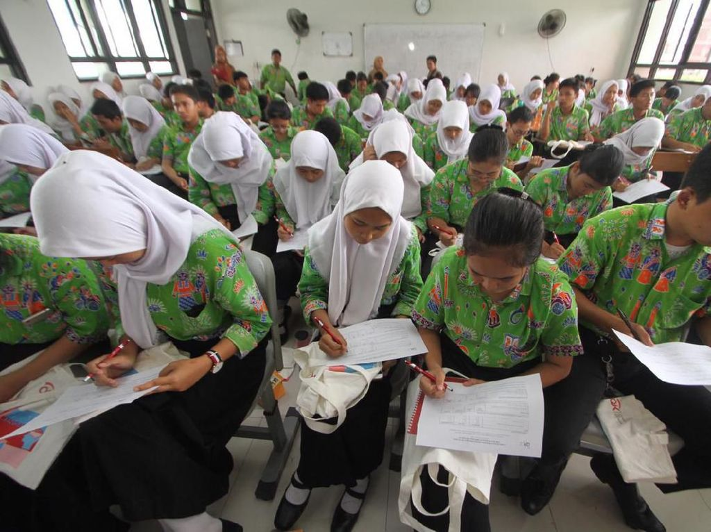 Edukasi dan Literasi Keuangan Sejak Dini
