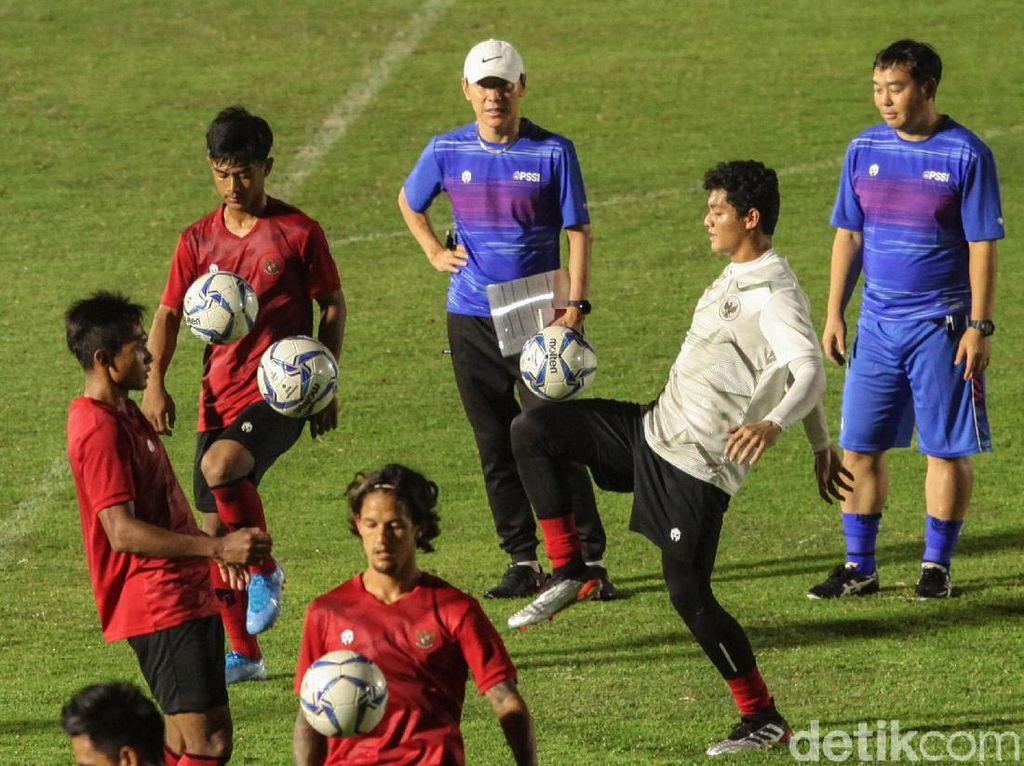 Shin Tae-yong Ungkap Alasan Bawa Pemain U-19 ke Timnas Senior