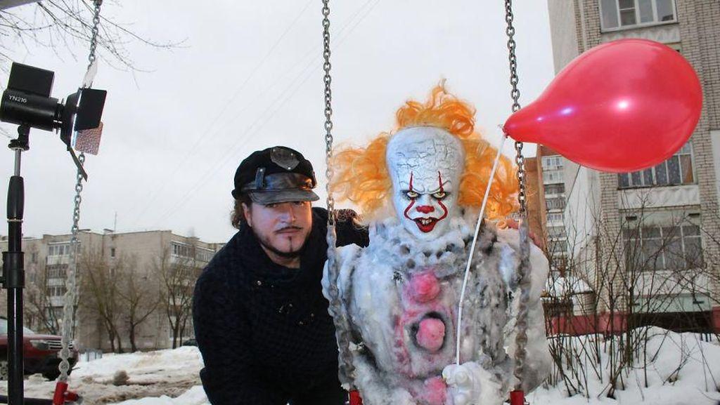 Foto: Manusia Salju yang Dibenci Anak-anak