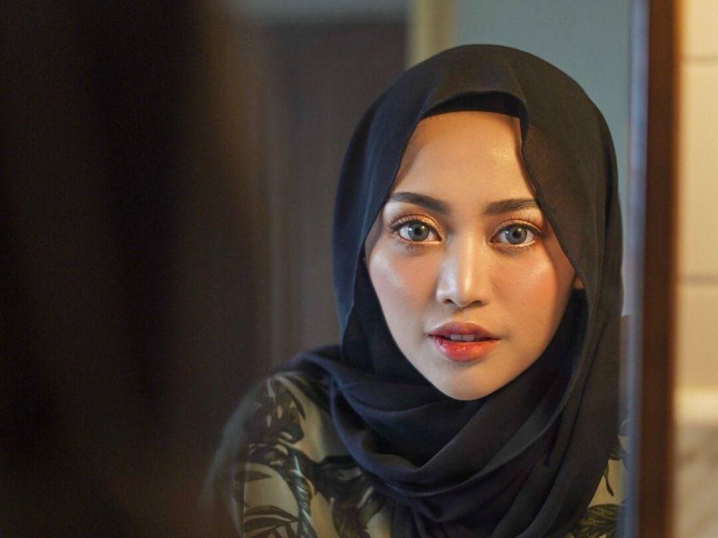 Rachel Vennya Buka Suara soal Buka Hijab