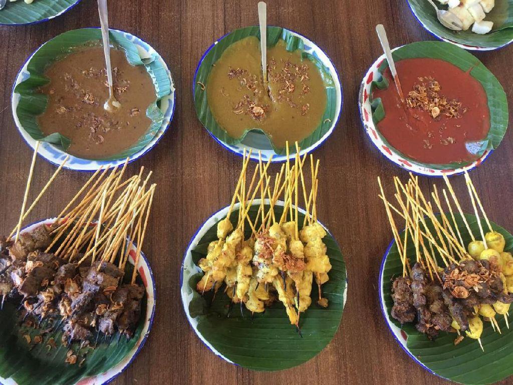 Di Ranah Minang Para Jawara Kalap Jajan Sate Padang dan Es Durian