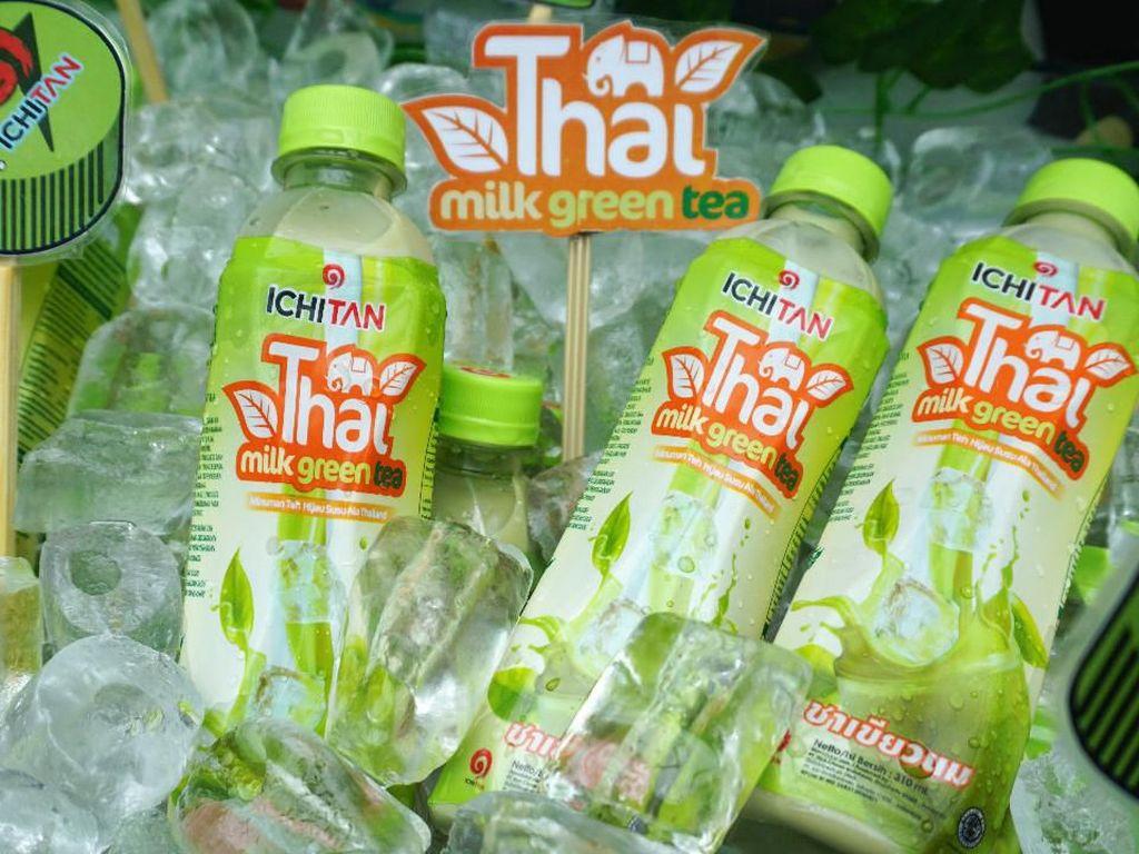 Thai Milk Tea Dijodohkan Matcha Jadi Minuman Kekinian yang Enak