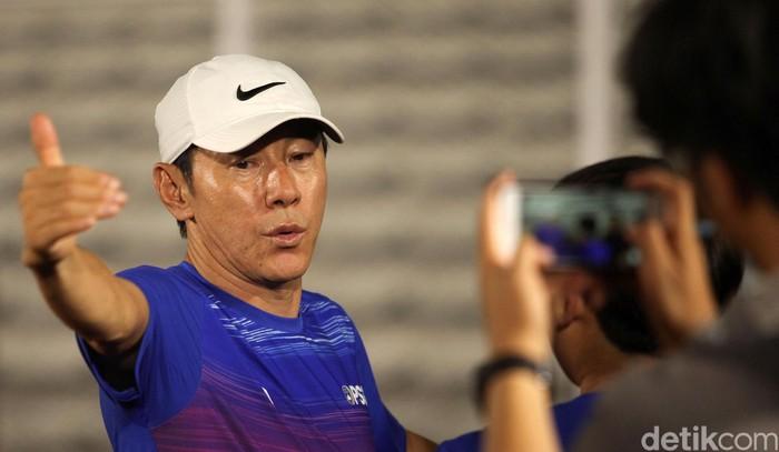 Shin Tae-yong untuk pertama kalinya menggelar latihan bersama Timnas senior Indonesia. 30 pemain hadir dalam pemusatan latihan ini.