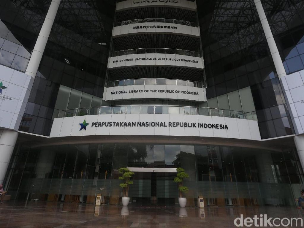 5 Tips Datang ke Perpustakaan Nasional Indonesia