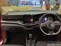 Interios Suzuki XL7.