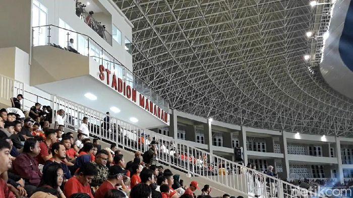Presiden Jokowi resmikan Stadion Manahan Solo, Sabtu (15/2/2020)