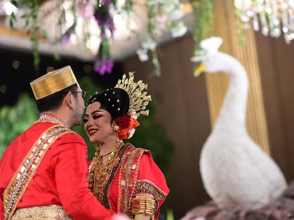 Mas Kawin hingga Kejadian Lucu di Pernikahan Cucu Soeharto
