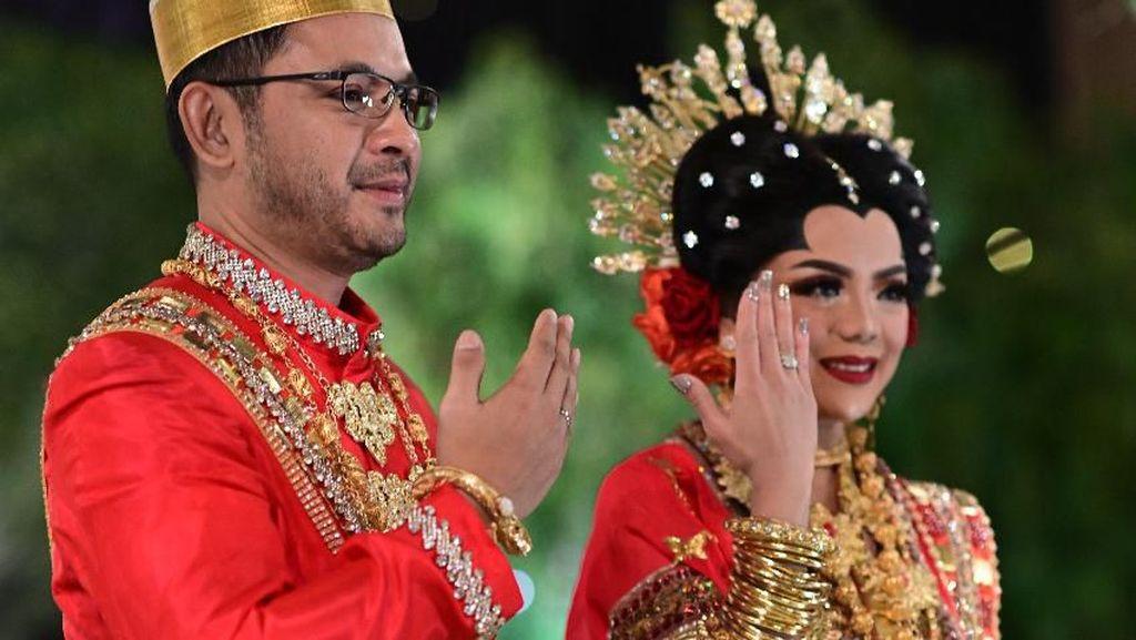 Potret Pernikahan Putra Mbak Tutut dengan Raiyah, Elegan Berbaju Adat Makassar