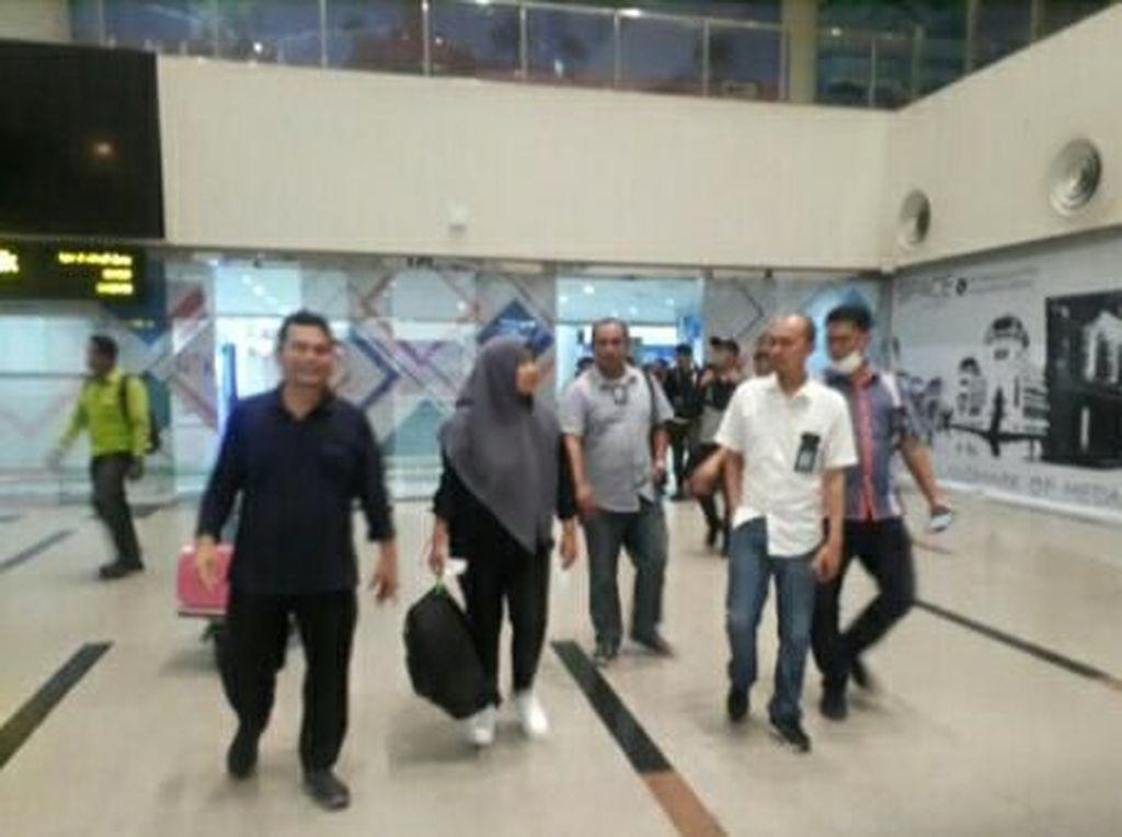 Usai Observasi di Natuna, Diza Sehat dan Pulang Kampung ke Medan