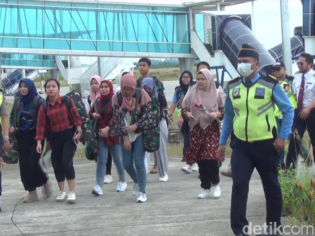 9 Mahasiswa Samarinda Pulang dari Natuna, Ortu Harap Tak Kembali ke Wuhan
