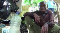 Kisah Kakek di Kendari yang Hidup di Gubuk 1x2 Meter Selama 30 Tahun