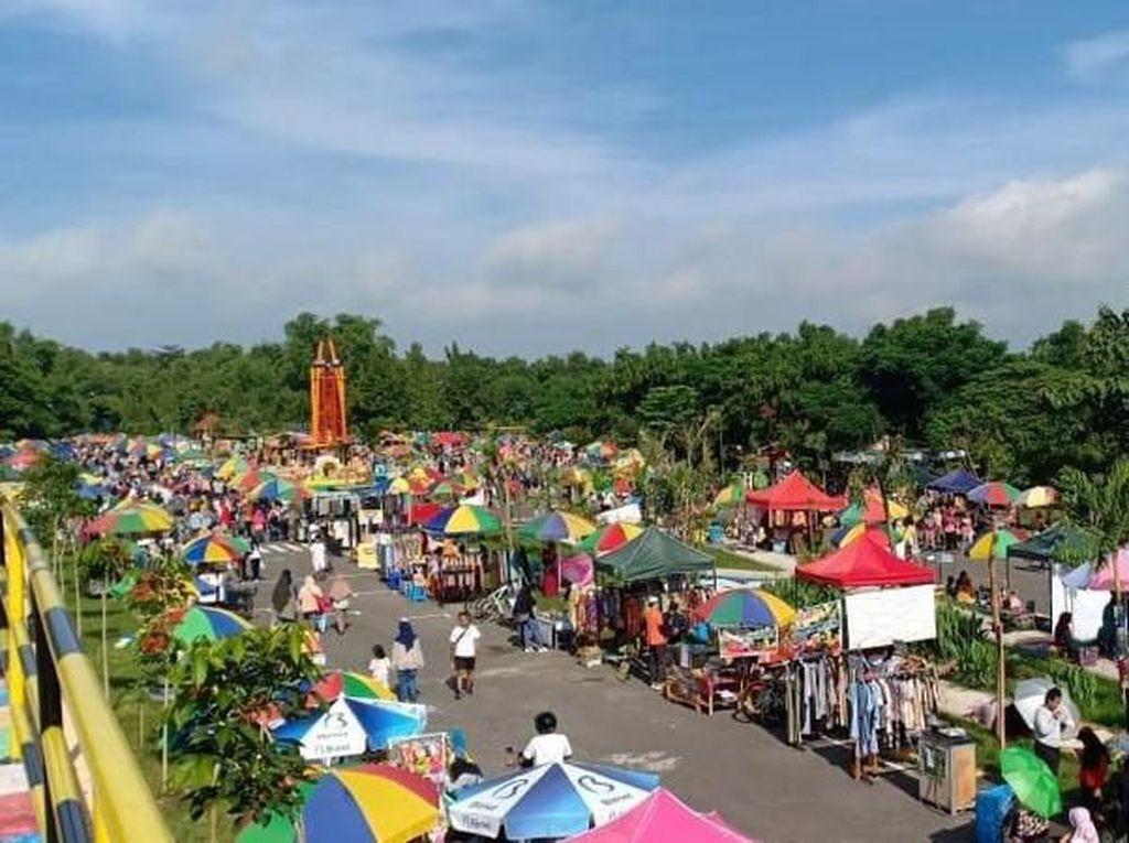 Sunday Market di Madiun Serap Ratusan Pedagang Lokal
