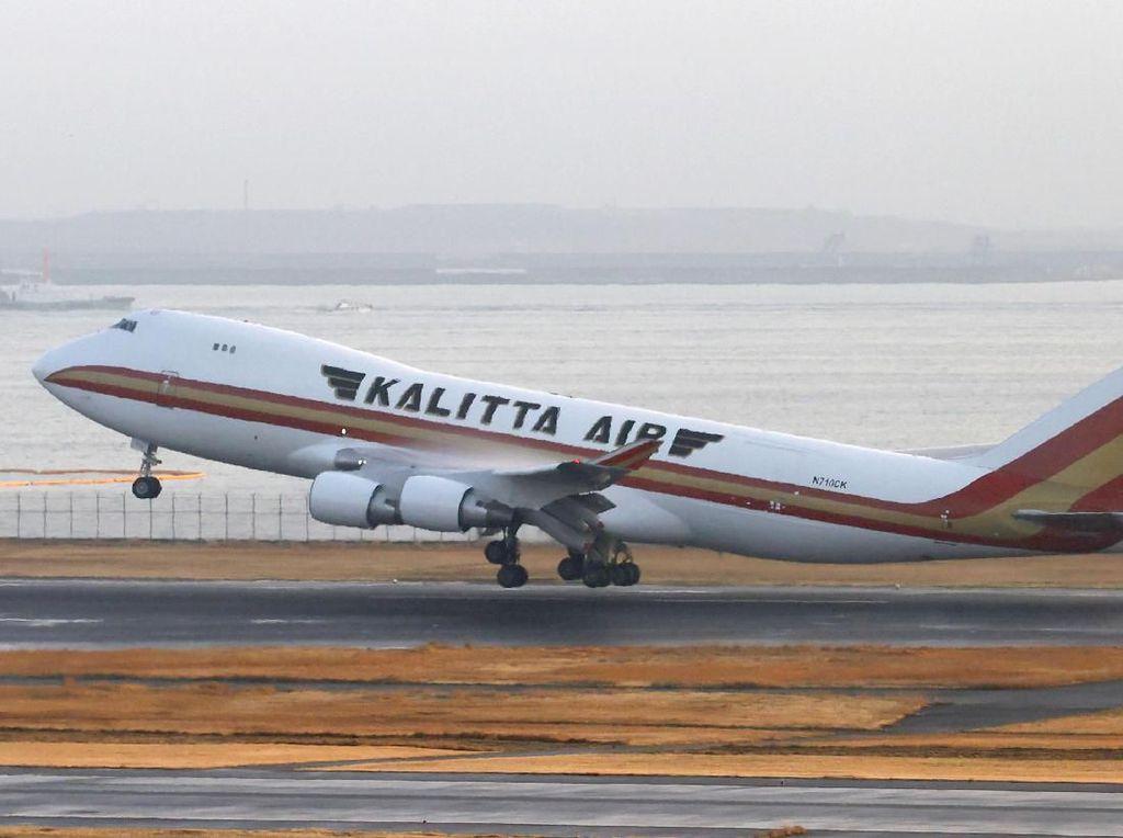 Dievakuasi dari Jepang, 14 WN AS Ketahuan Positif Corona Saat di Pesawat