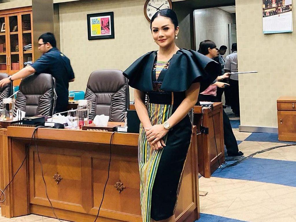 MKD Colek Krisdayanti soal Martabat sebagai Anggota DPR
