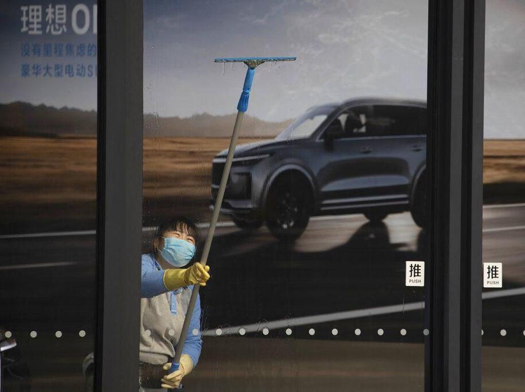Penjualan Mobil Terjun Bebas karena Virus Corona