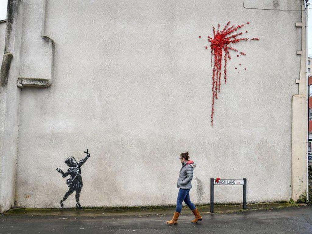 Mural Hari Valentine Banksy Dirusak Orang Tak Dikenal