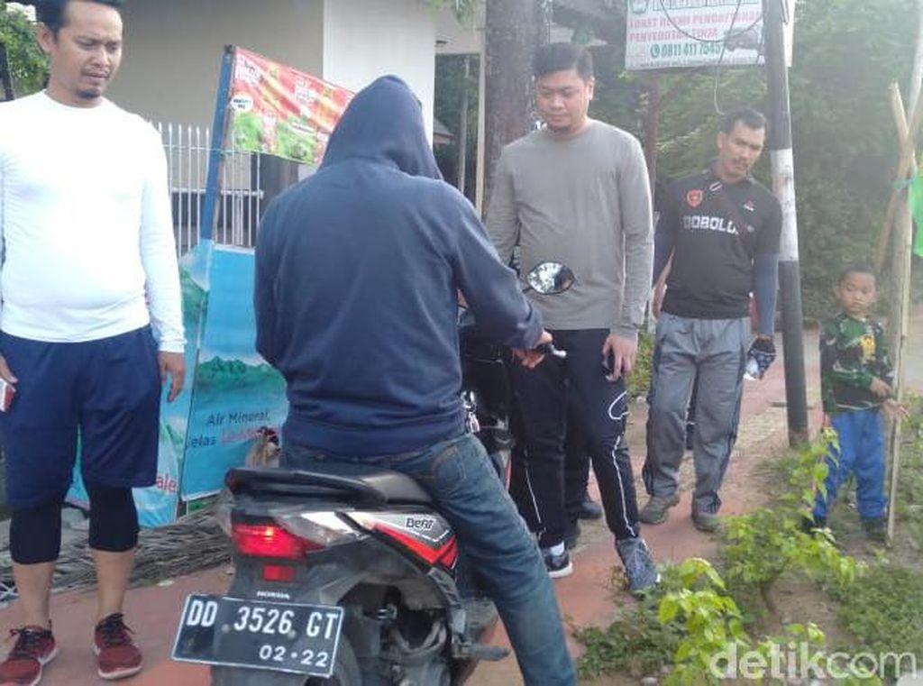 Bupati Gowa Godok Aturan Parkir Liar di Trotoar, Pelanggar Akan Ditilang
