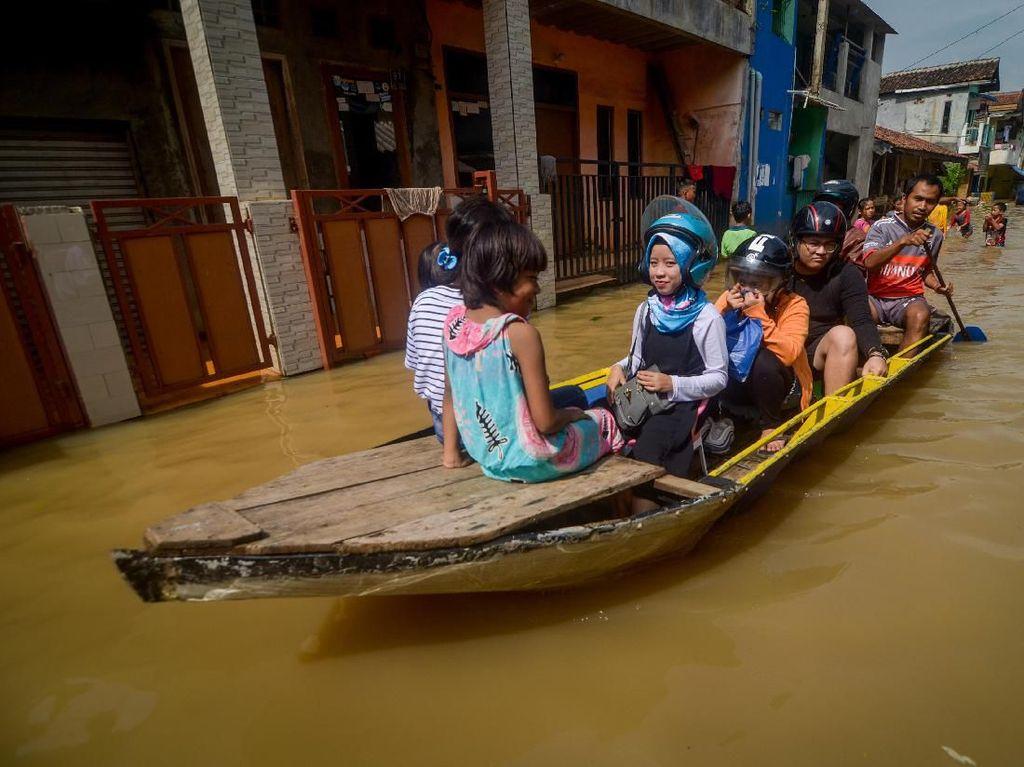 Banjir Rendam Dayeuhkolot Kabupaten Bandung