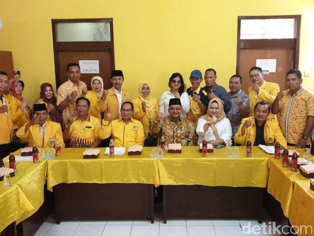 Putra Mantan Bupati Mojokerto dapat Lawan Berat di Pilbup 2020