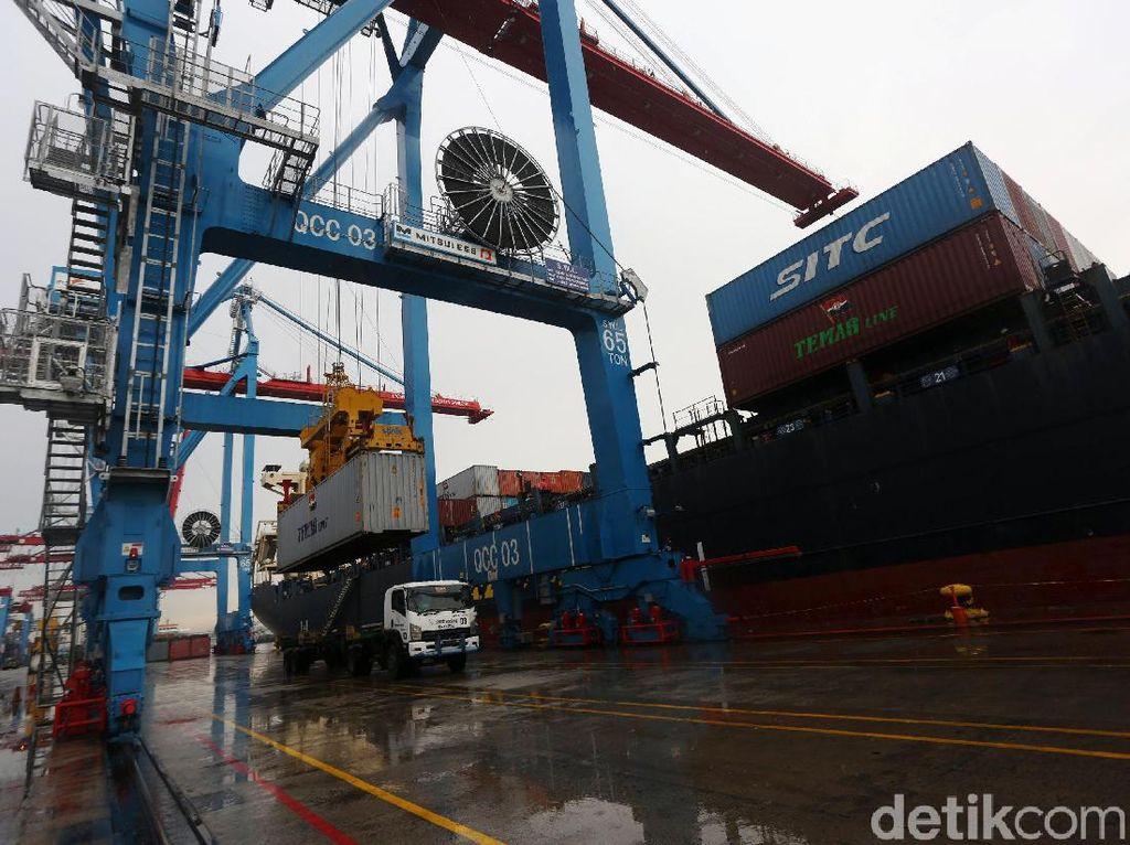 Hadapi New Normal, Begini Persiapannya di Pelabuhan