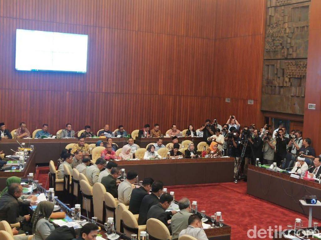 Mentan-Ketua Komisi IV Debat Panas soal Lumbung Pangan di Kalteng
