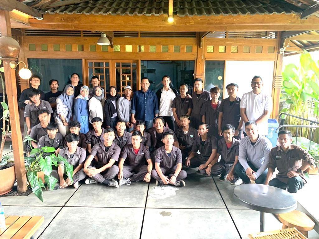 Kunjungi Kota Bandung, Ketua MPR Dorong Ekonomi Kreatif Milenial