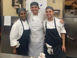 Salut! Chef Renzky Kurniawan Ikut Siapkan Makanan Oscar 2020