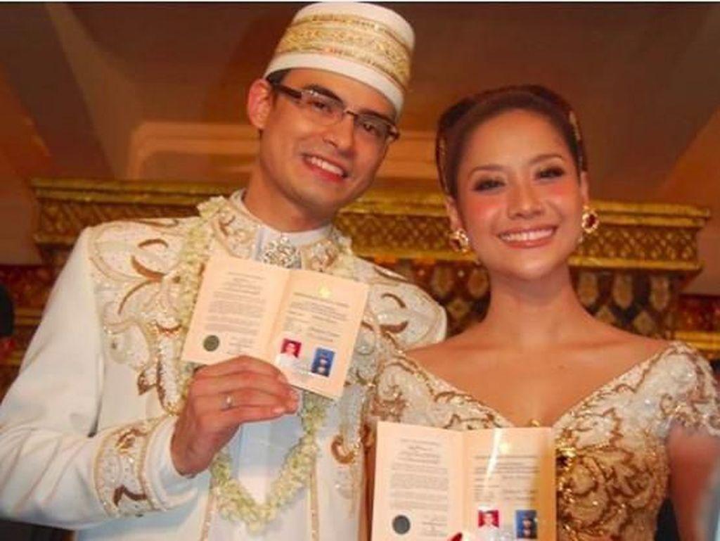 Tulis Kisah Kebaya Akad Nikah BCL dan Ashraf, Anne Avantie Menangis