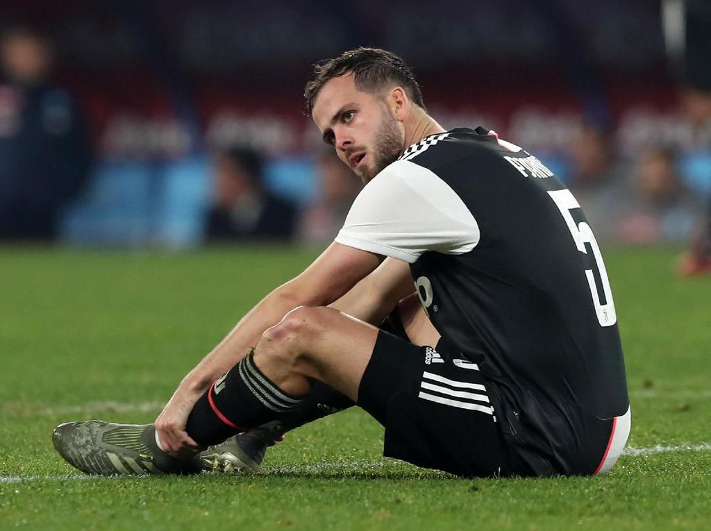 Pjanic Tolak Chelsea dan PSG Demi Barcelona?