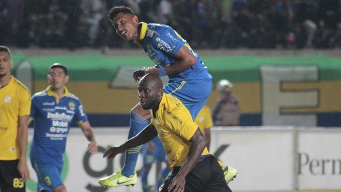 Striker Persib Bandung Wander Luiz