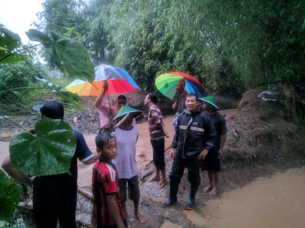 Tanggul Sungai Jebol, Dua Desa di Ponorogo Kebanjiran