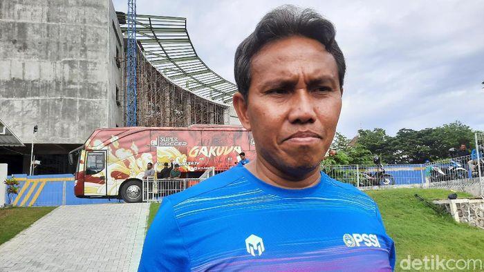 Pelatih Timnas Indonesia U-16 Bima Sakti