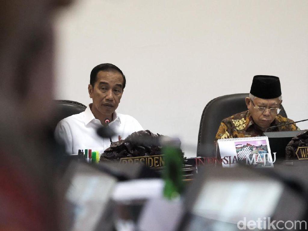 Teken Perpres, Jokowi Bolehkan Maruf Amin Tambah Stafsus Jadi 10 Orang