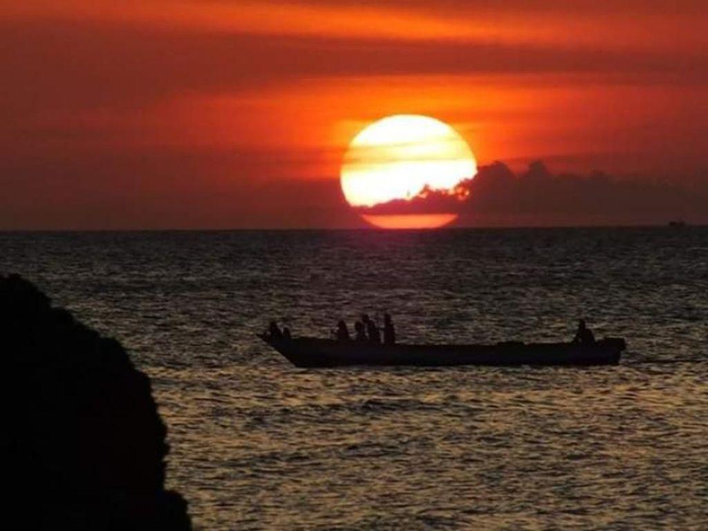 5 Pantai Cantik untuk Melihat Sunset di Kupang