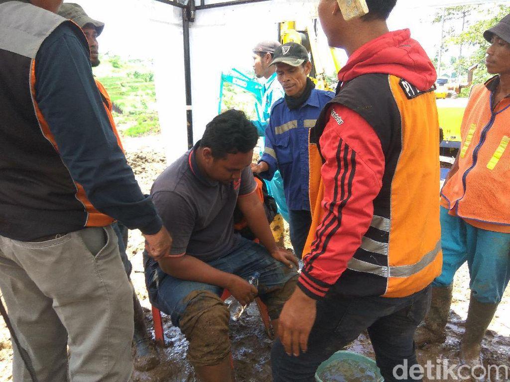 Tebing Pinggir Tol Cipularang Longsor Lagi, 1 Pekerja Cedera