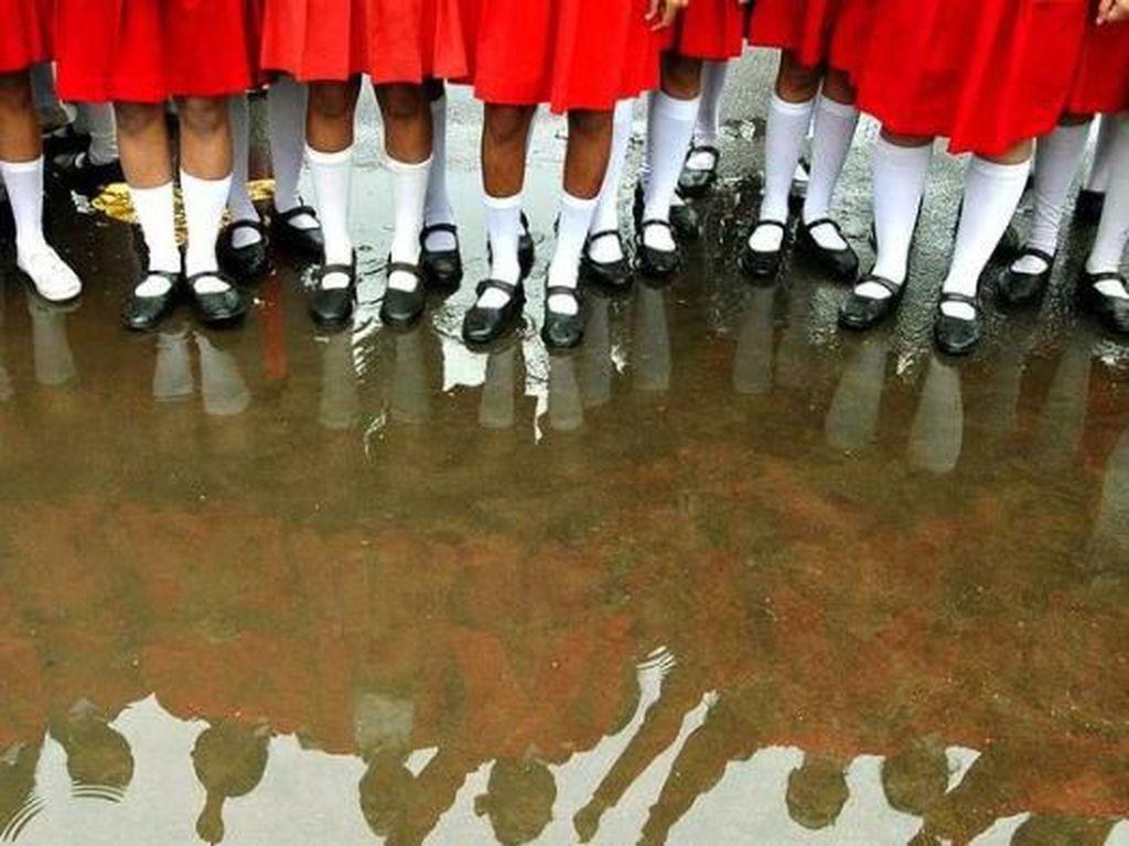 Siswi India Dipaksa Buka Celana Dalam Untuk Buktikan Tidak Sedang Haid
