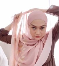 Cara Memakai Hijab Pashmina Terbaru Di 2020 Cocok Dipakai Ke Segala Acara