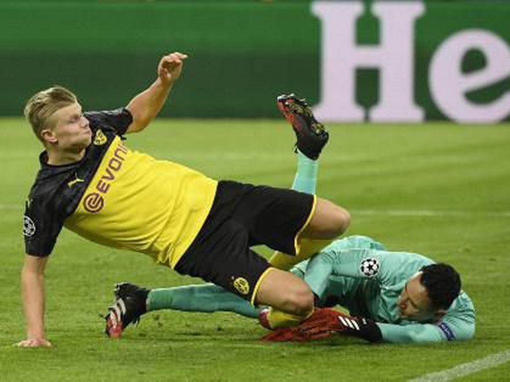 Haaland Dua Gol, Dortmund Tundukkan PSG 2-1