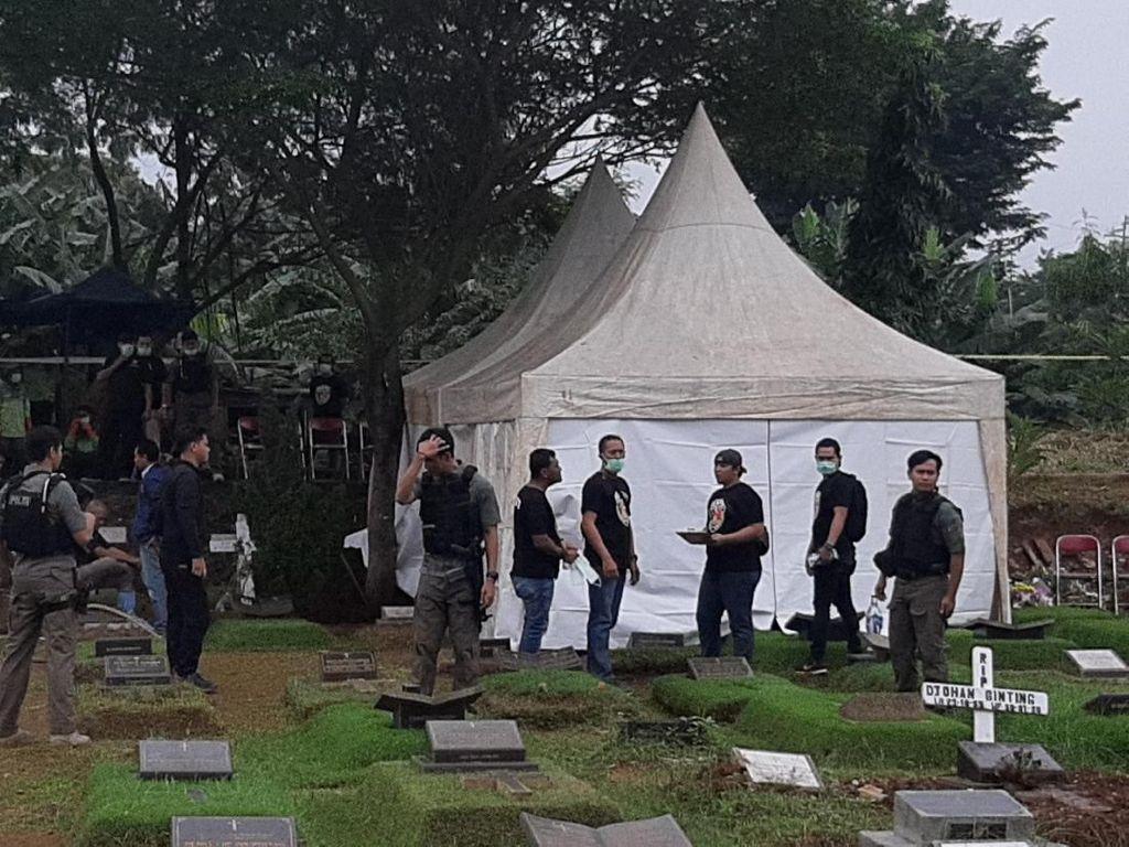 Jenazah Anak Sudah Diautopsi, Karen Pooroe Harap Kebenaran Terungkap
