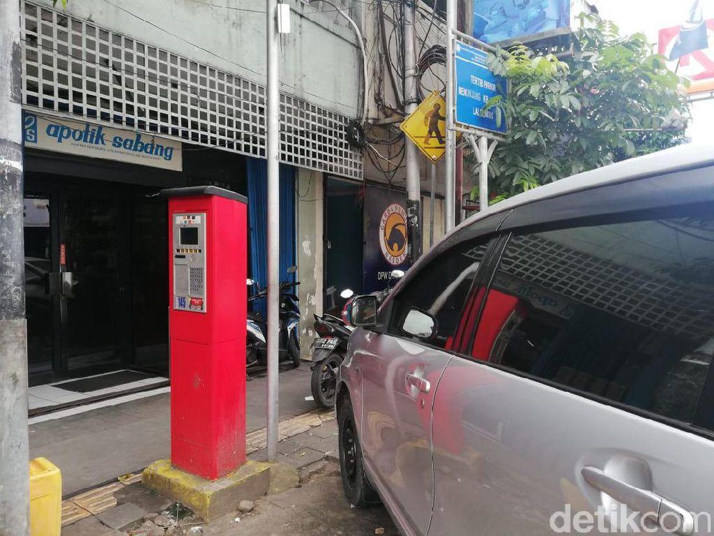 Apa Kabar Parkir Meter Bikinan Ahok yang Kini Diwariskan ke Anies?