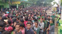 Tiket Ekonomi Final Piala Gubernur Jatim 2020 Habis, Suporter Kecewa Berat