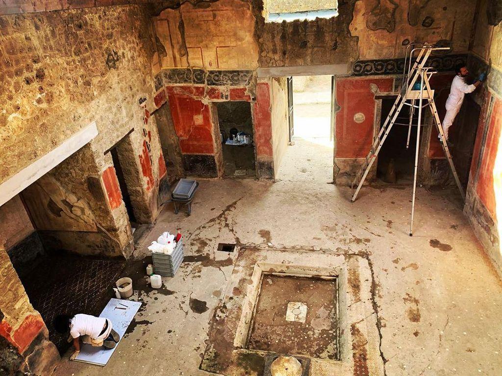 Restorasi Usai, House of Lovers di Pompei Segera Dibuka untuk Umum