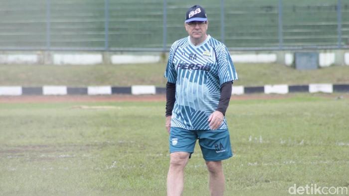 Pelatih Persib Robert Rene Alberts di Stadion Siliwangi, Bandung, Kamis (20/2/2020).