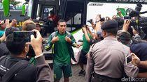Pemain Persebaya Disambut Song of Pride di Stadion Gelora Delta Sidoarjo