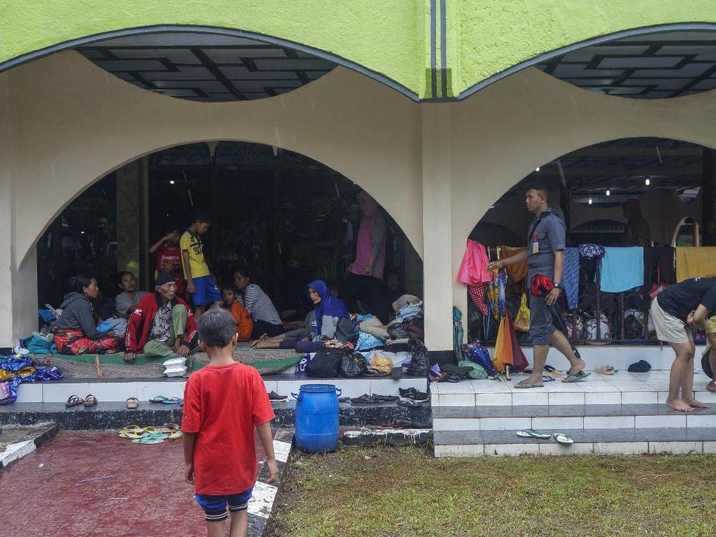 Kemendagri Minta Jateng Cepat Ganti Dokumen Kependudukan Korban Banjir